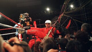 'Fan Man' crashes title fight