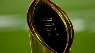 national-championship-trophy-1000-563.png