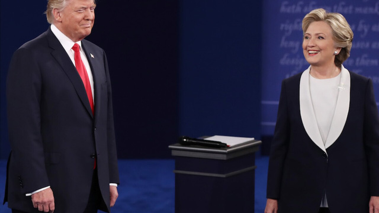 Trump, Clinton tangle in second presidential debate