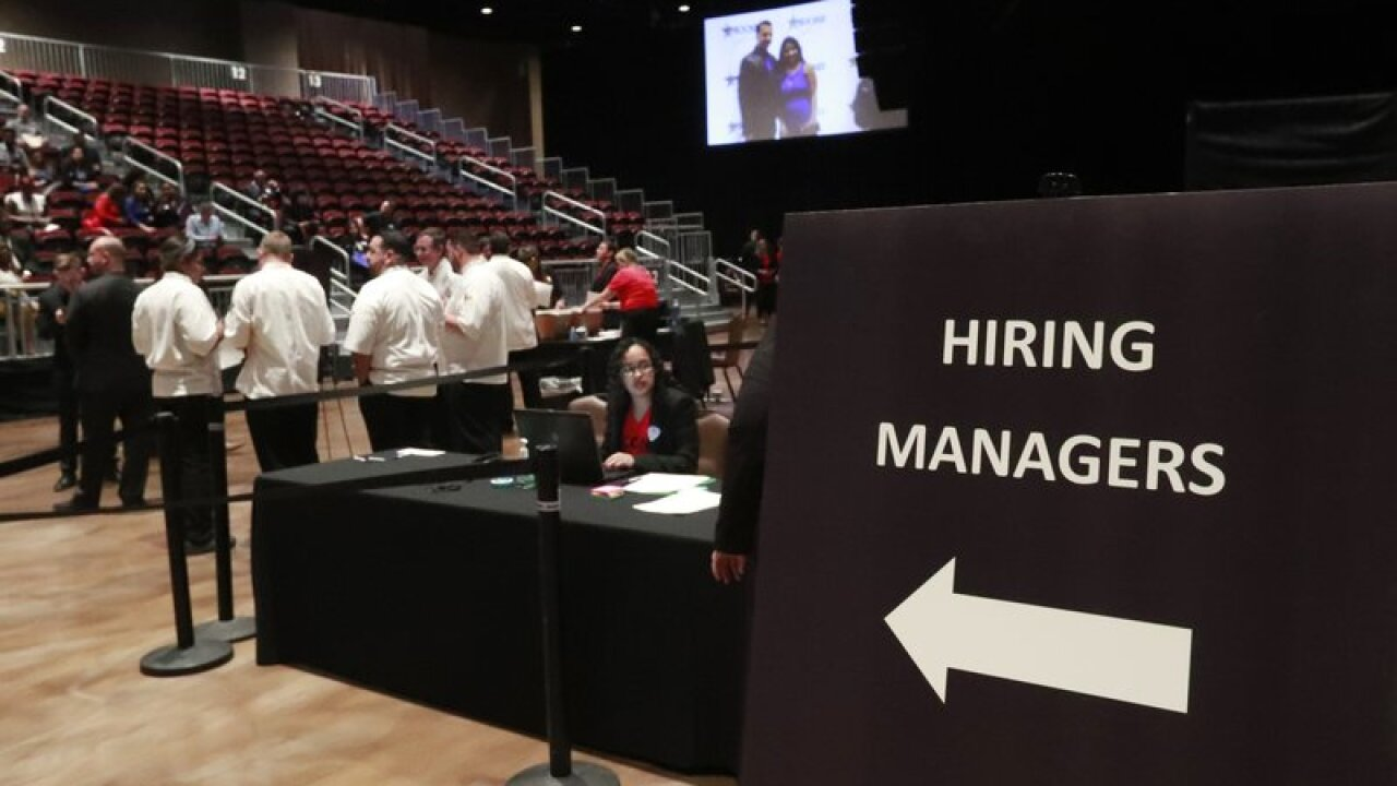 Survey: US business hiring falls to a 7-year low