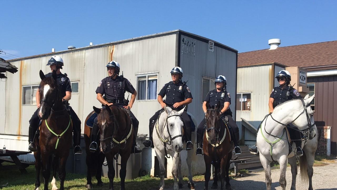IMPD mounted patrol 1.jpg