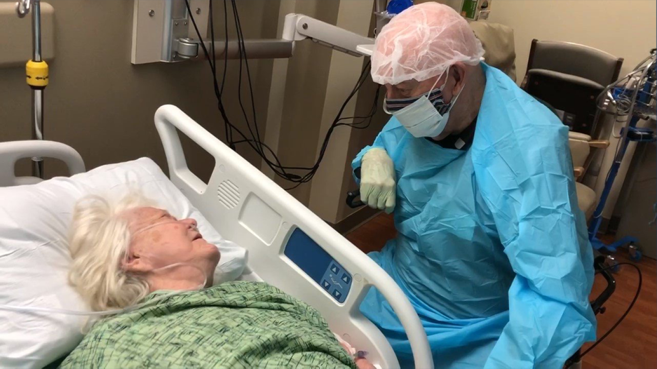 90-year-old man dies weeks after saying goodbye to wife wearing protective gear