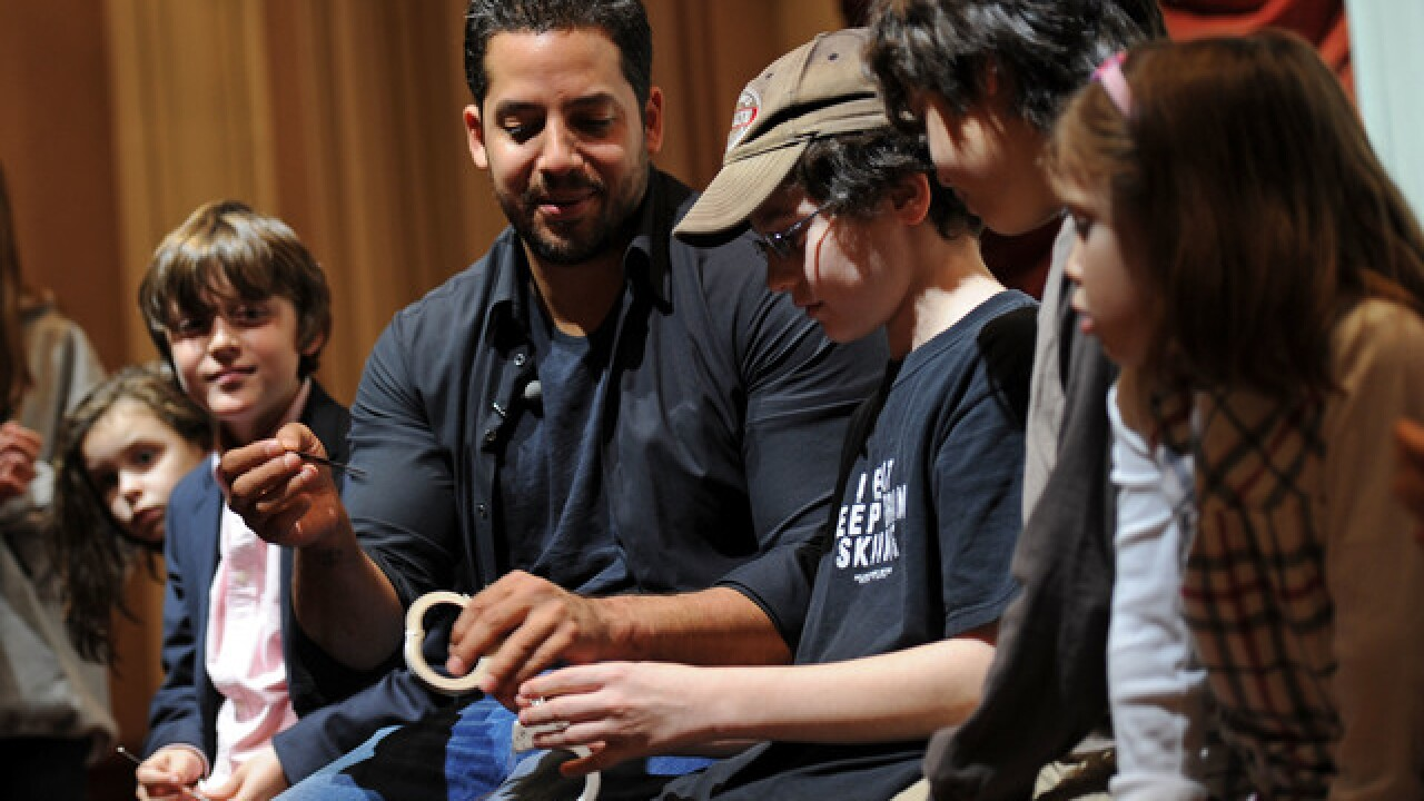 Magician David Blaine postpones Indianapolis performance