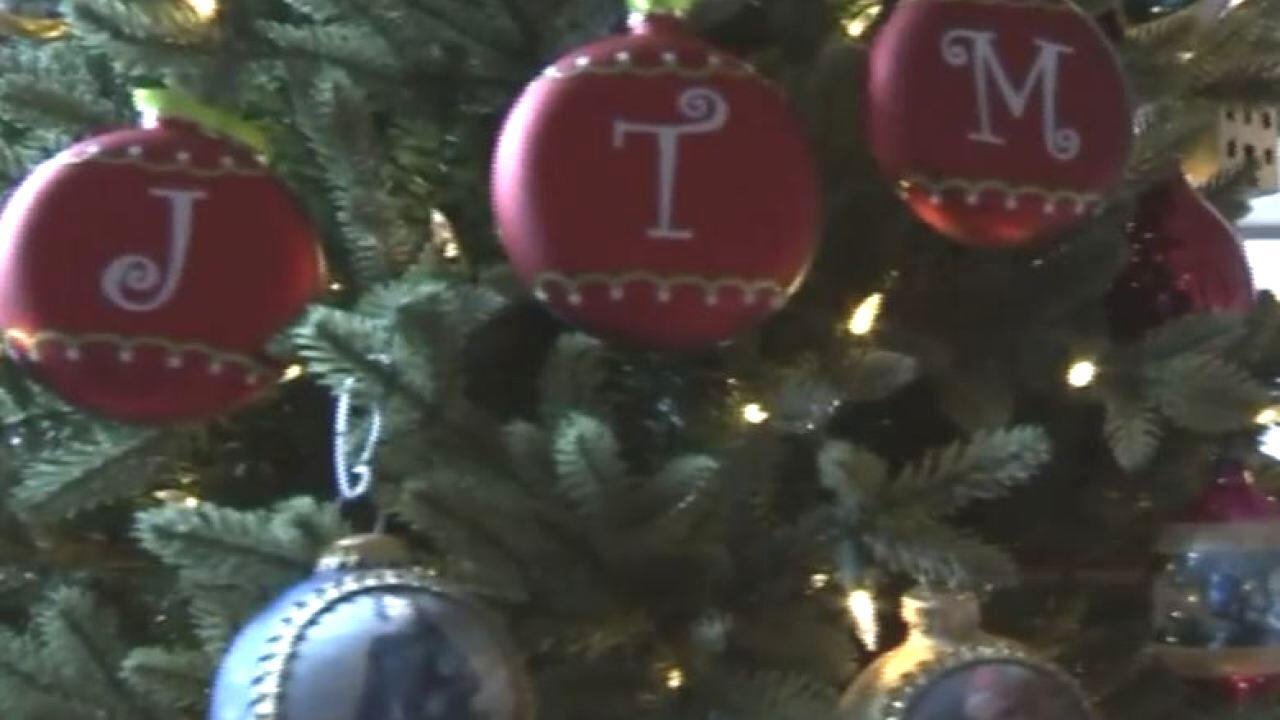 generic christmas tree.jpeg
