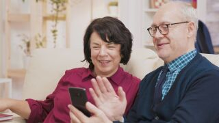 Help seniors win the mental health battle during isolation