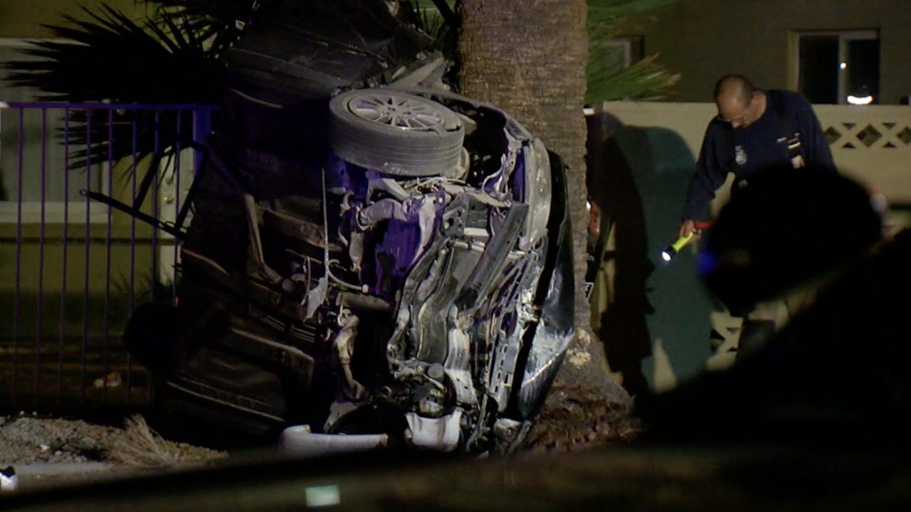Deadly crash near 15th Avenue and Indian School Road