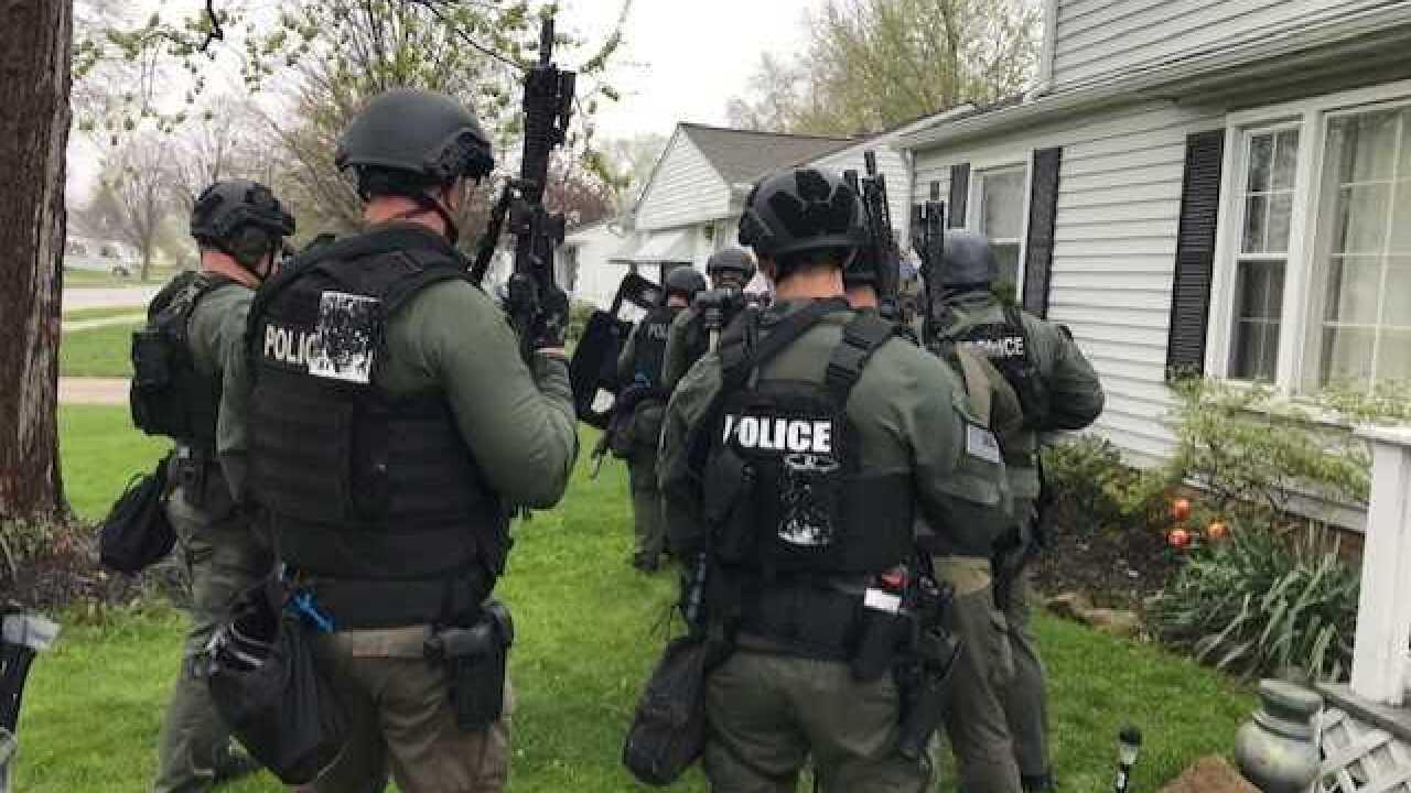 Willoughby police arrest 2 during drug trafficking bust