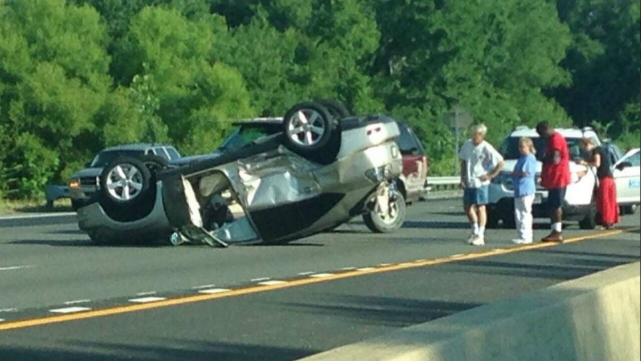 Lanes reopen after flipped vehicle backed up traffic onI-95
