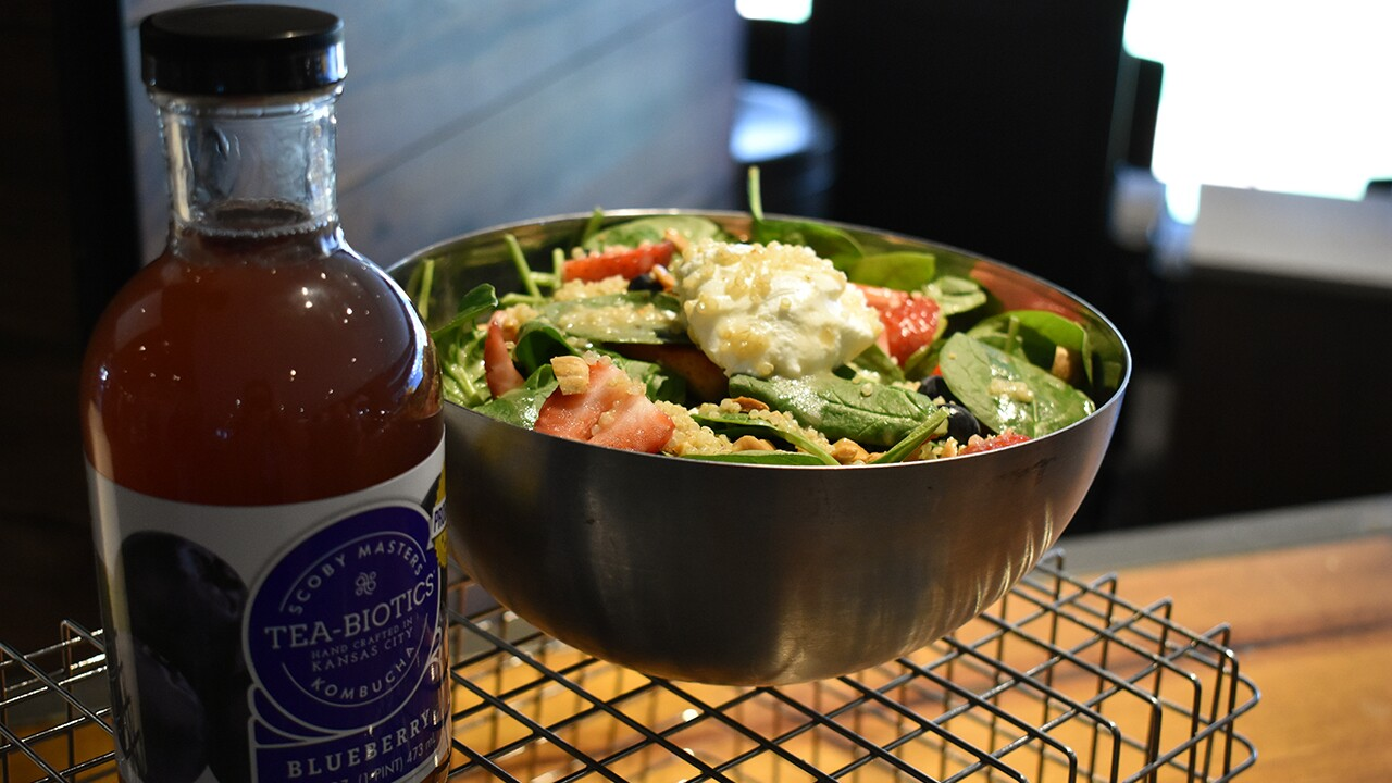 royals strawberry spinach salad.jpg