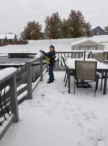 GALLERY: October snow hits Omaha