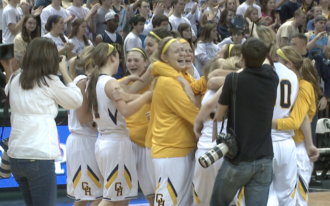 Grand Haven storms the court