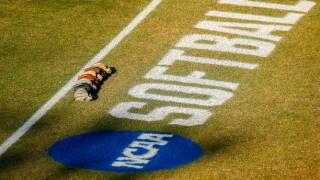 NCAA_Softball_logo_gettyimages-1002917782-612x612.jpg