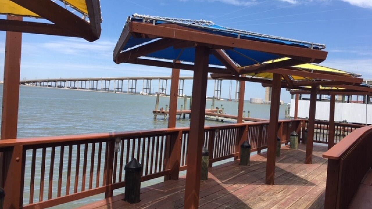 Snoopy's provides some of the Coastal Bend's first dockside food delivery.