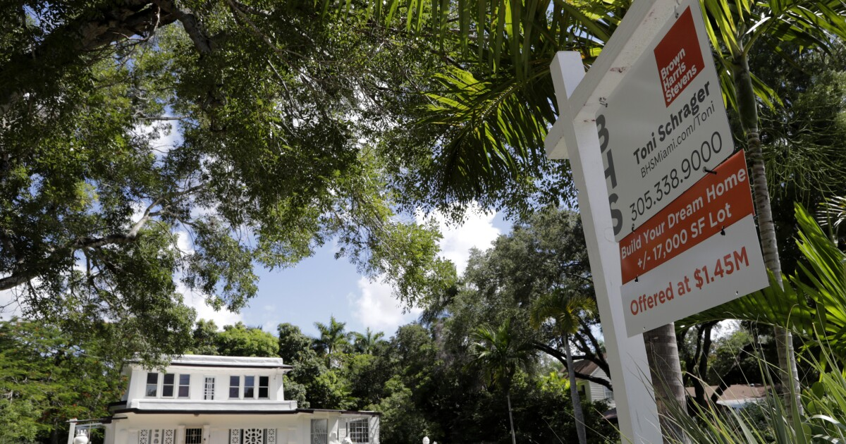 Florida homes overpriced by more than 20%, FAU study finds