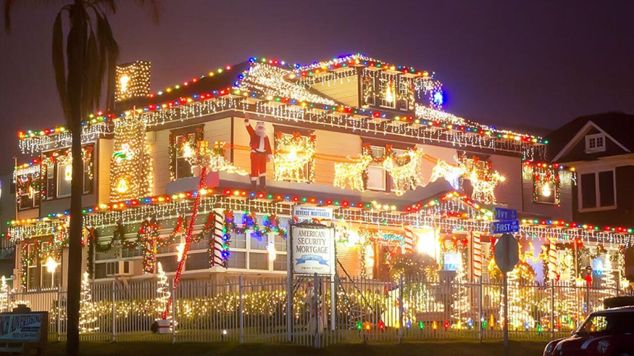 forward_house_bankers_hill_christmas_lights.jpg