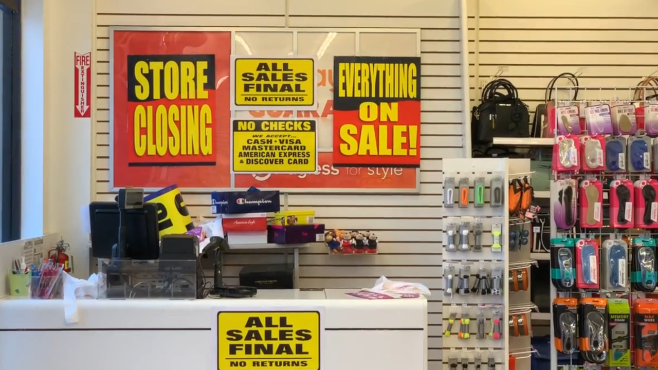 More chain retailers to join Payless in closing their doors in 2019, experts say