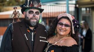 Voodoo couple-Erik Markov.jpg