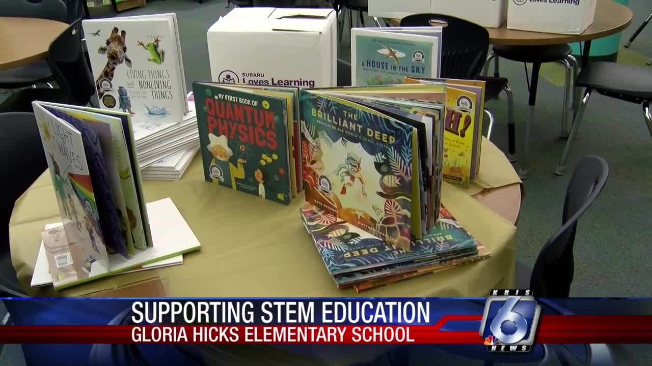 Gloria Hicks Elementary School receives new STEM books