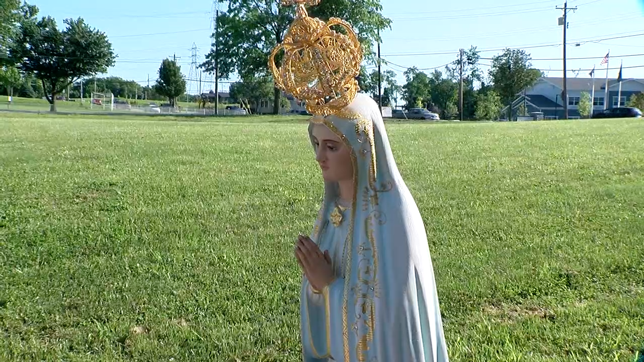 Virgin Mary Statue.png