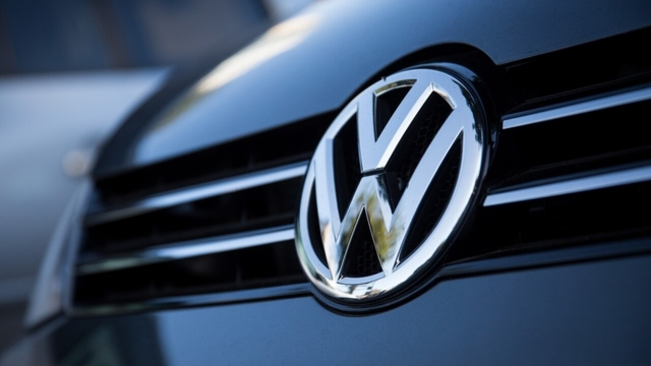 Net profit down at scandal-hit VW in 1st quarter