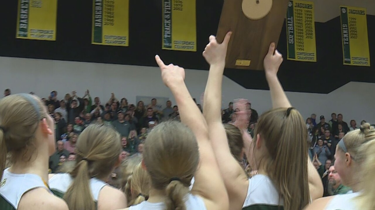 No. 1 Freedom defeated No. 3 Kiel, 53-40