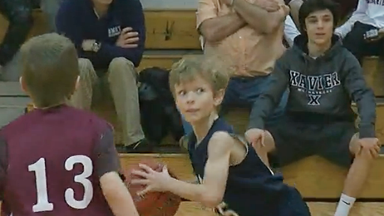 Basketballer had 11-hour surgery to get new leg