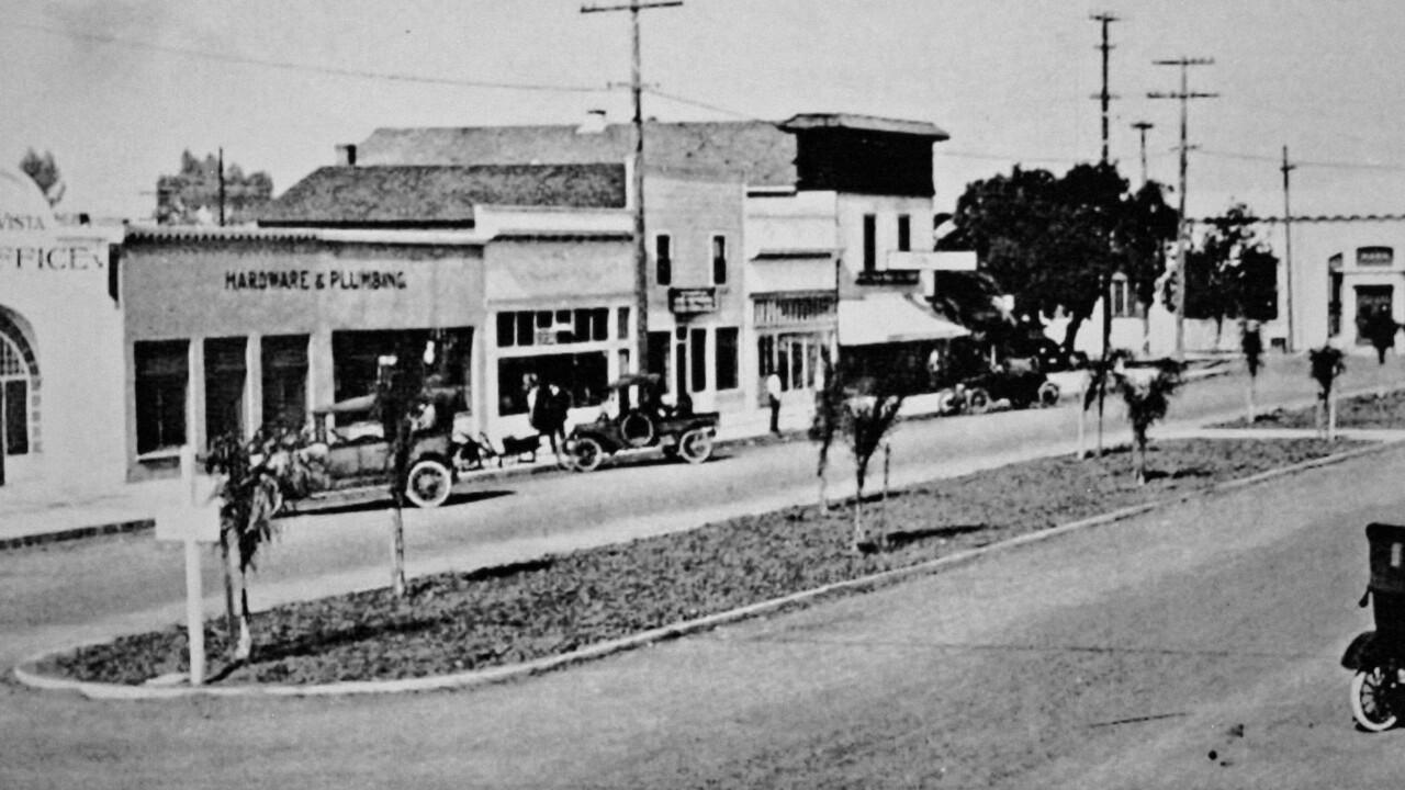 Third Avenue 1926.jpg