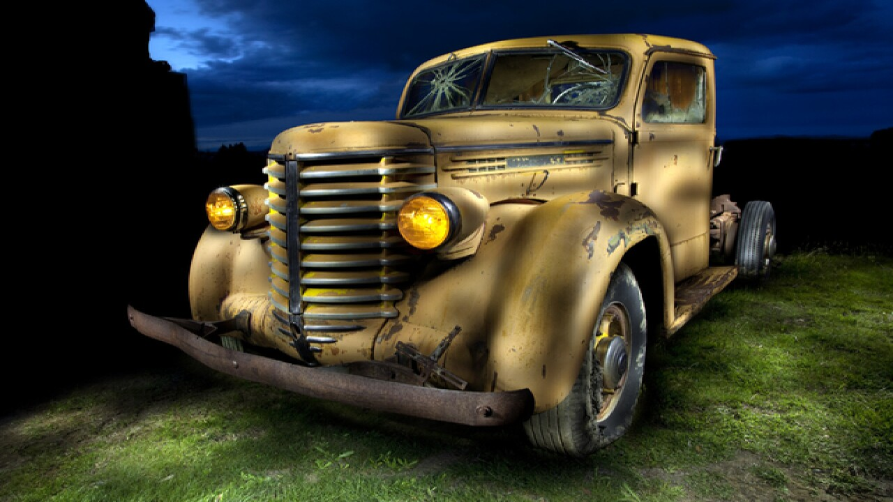 Idaho photographer gives new light to old cars