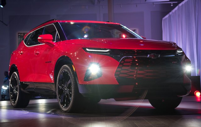 Photo gallery: Chevrolet unveils redesigned 2019 Blazer