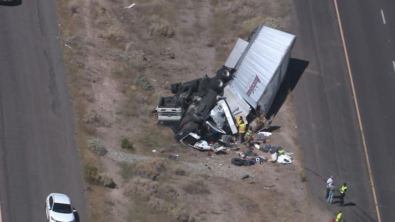 I-10 semi-truck crash.png