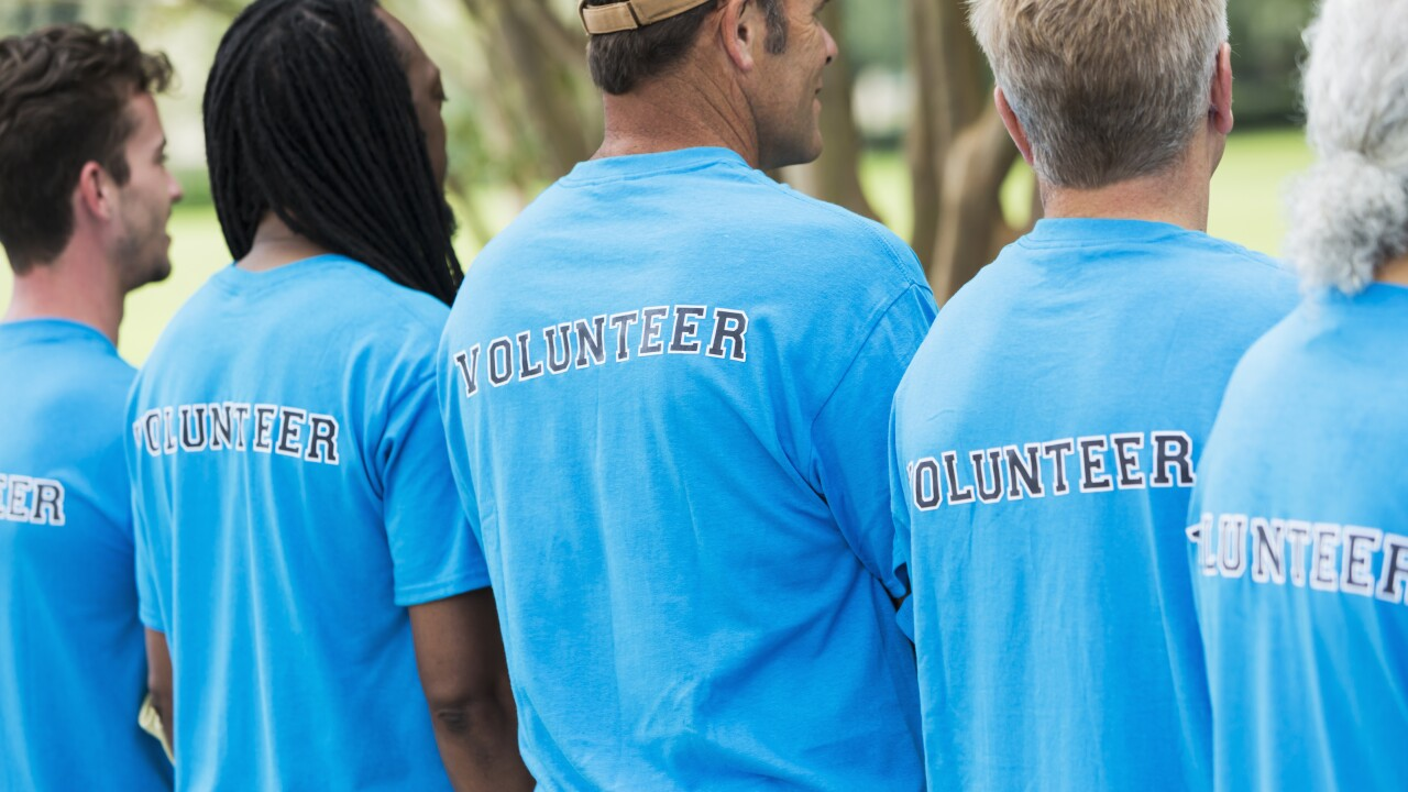 Give back at VOLUNTEER Hampton Roads' 19th annual Family VOLUNTEER Day