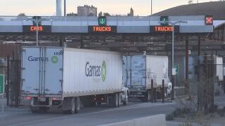 2019-12-10 USMCA-trucks at border.jpg
