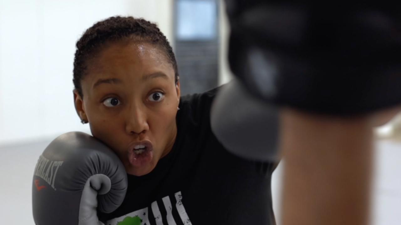 Lauren Bensinger, MMA fighter.