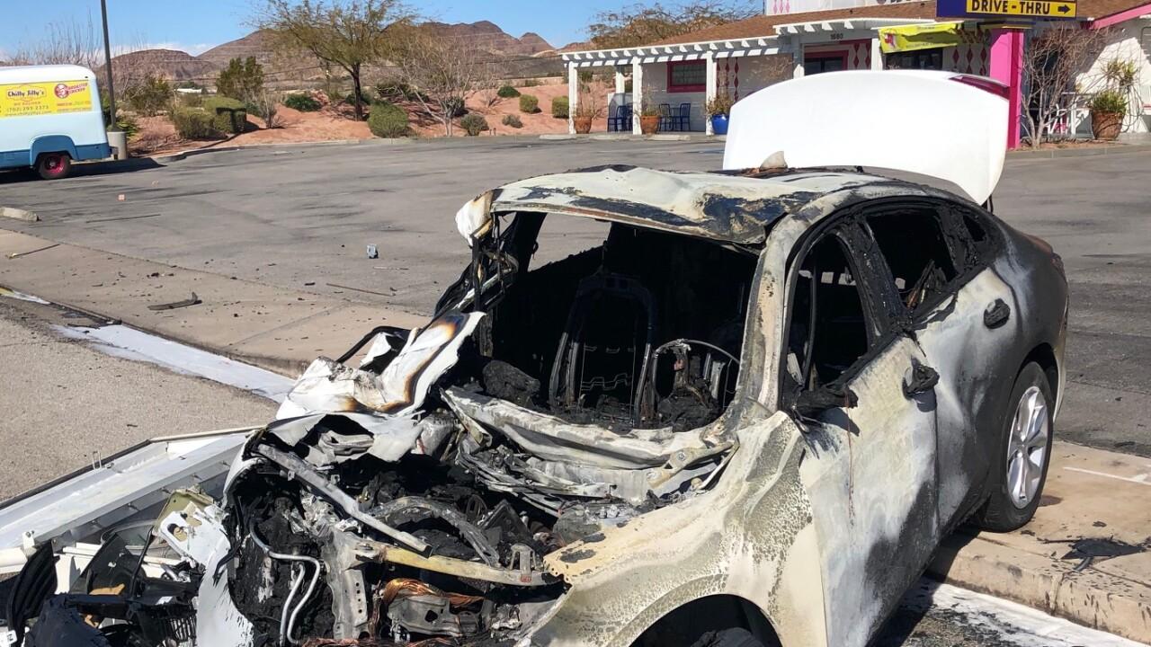 PD: Man driving 100+ mph from Vegas to Phoenix hits, kills driver