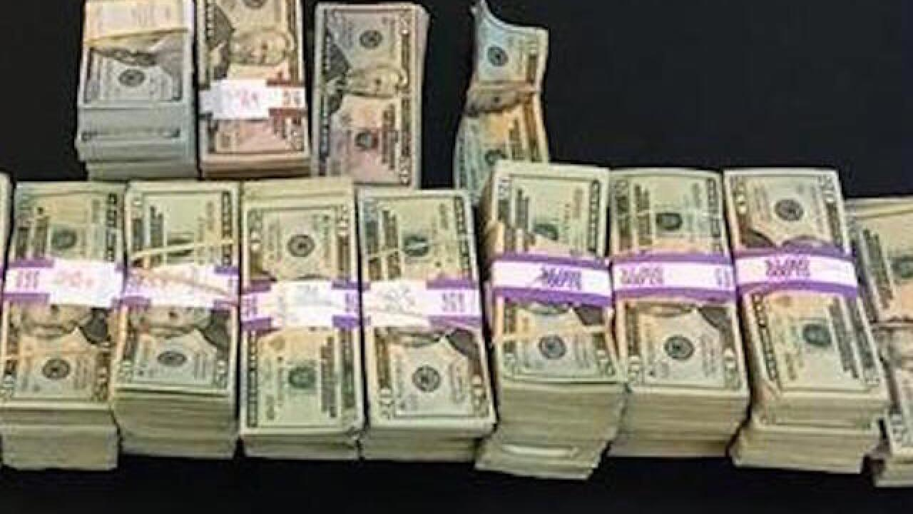 Cab driver returns $187,000 worth of misplaced cash