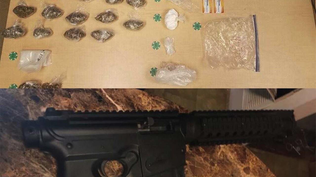 Teen with machine gun  arrested after barricade