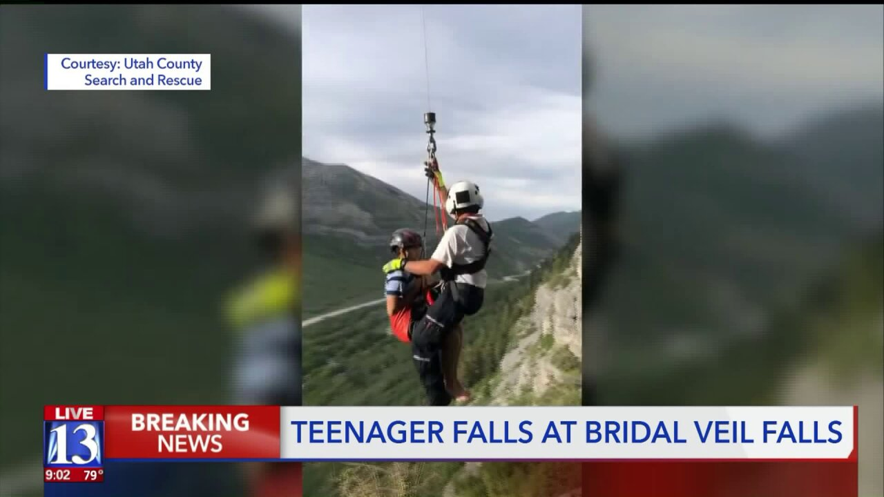 Teen saved from Bridal Veil Falls after fall