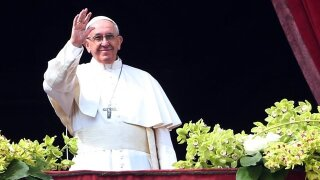 Pope changes death penalty teaching, now 'inadmissible'