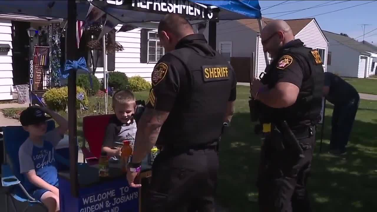 Cleveland police snack stand