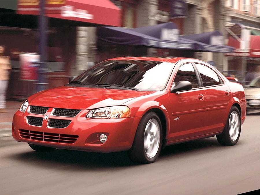 2004 Dodge Stratus: Sporty car, midsize