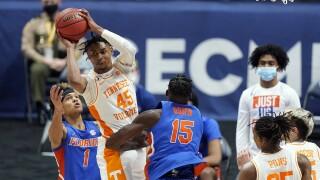 Tennessee Volunteers guard Keon Johnson vs. Florida Gators in 2021 SEC Tournament