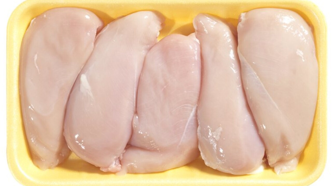 CDC warns consumers not to wash raw chicken