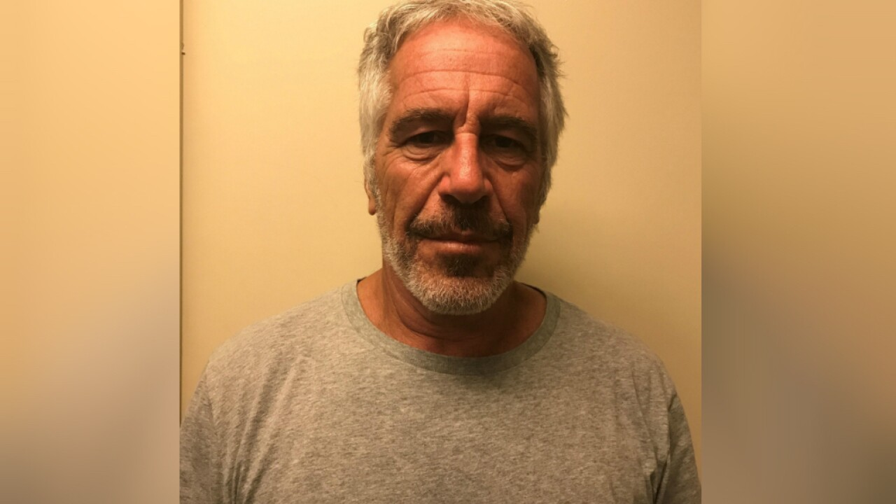Jeffrey Epstein's autopsy shows he had broken bones in his neck, report says