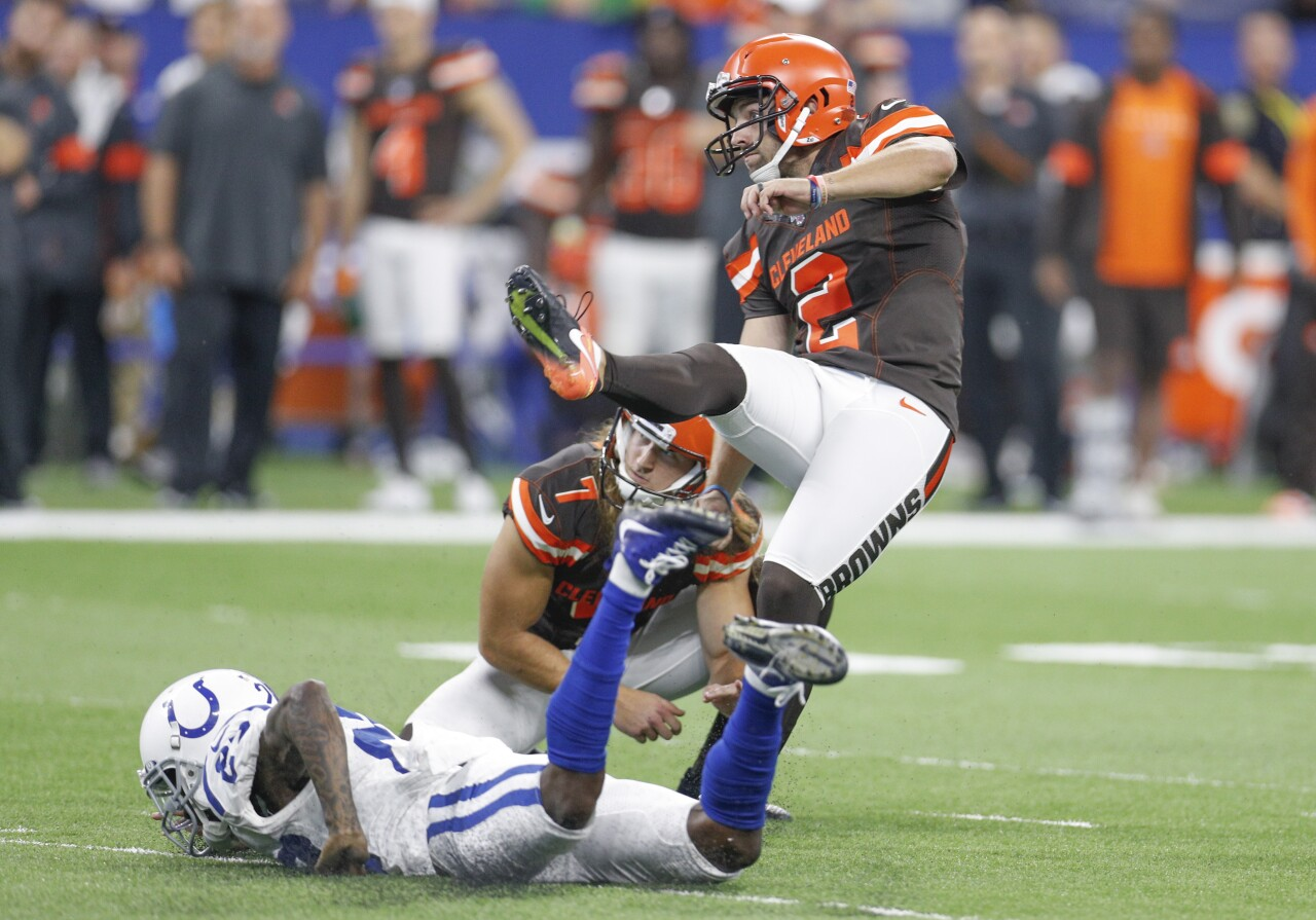 Cleveland Browns v Indianapolis Colts .