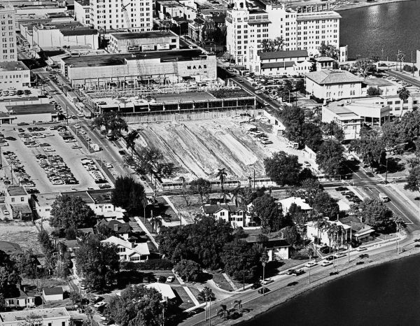 aerial view of lakeland