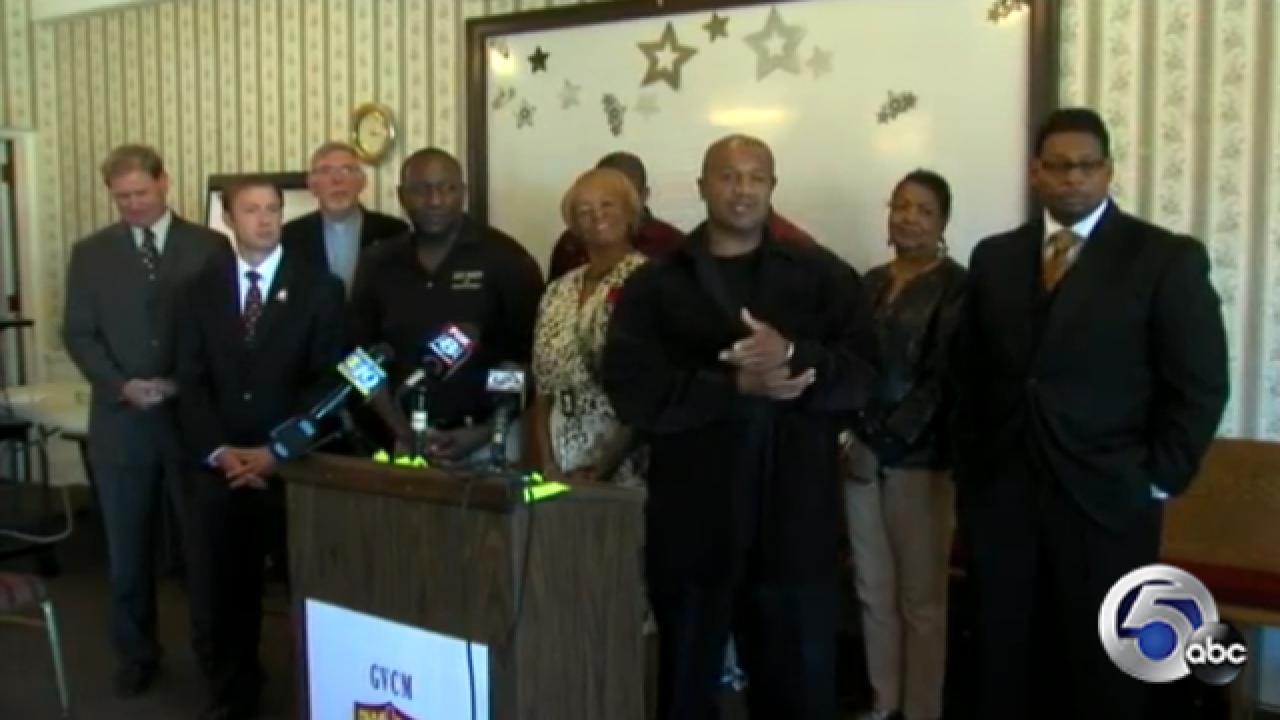 Lorain faith, community leaders gather