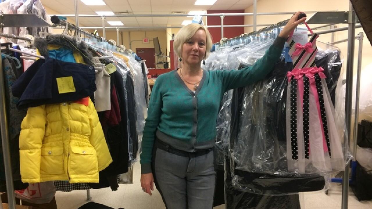 Kazakhstan immigrant is Mason's go-to seamstress