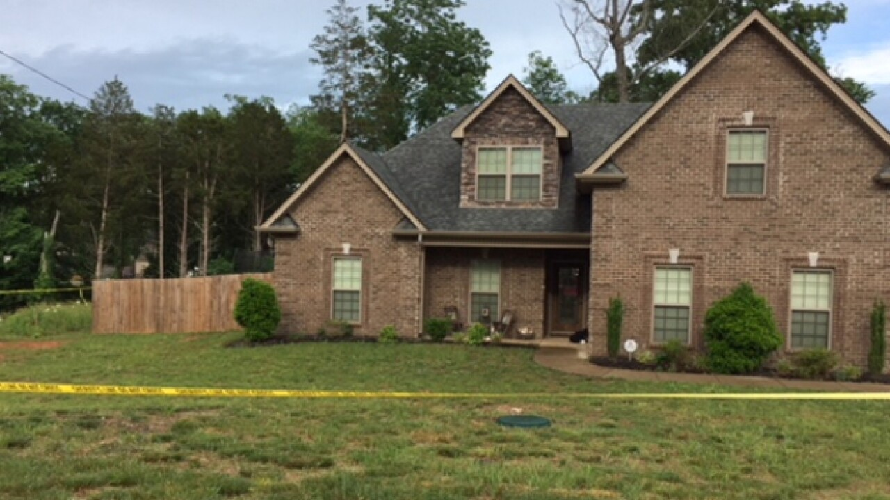 Police Surround Murfreesboro Home, Subdivision