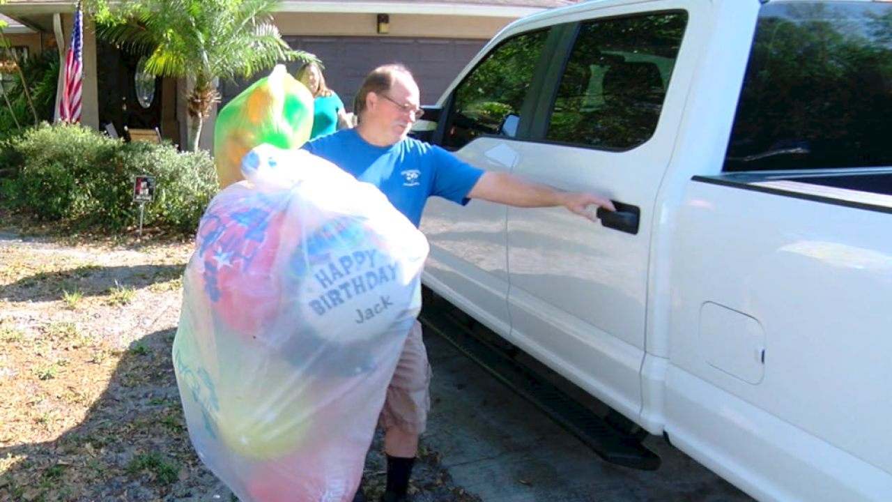 Balloonies balloon delivery service 1