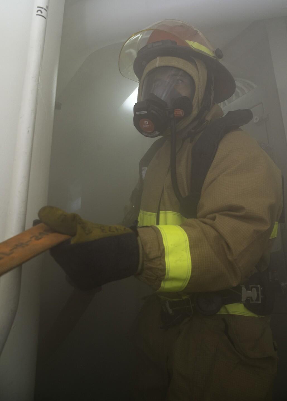 Bonhomme Richard Sailors Train in Condition II Damage Control Drill